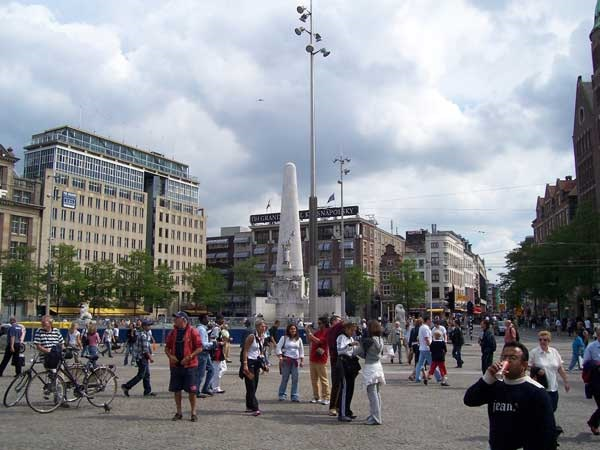 National monument dam square amsterdam metropolitan area for Hotel amsterdam economici piazza dam