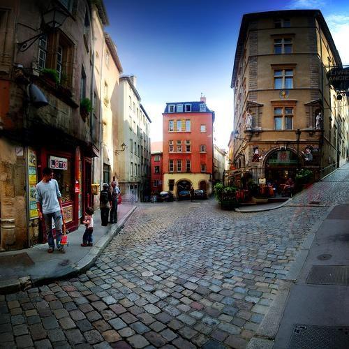 Despre Lyon Franta Prezentare Imagini Informatii Turistice Si
