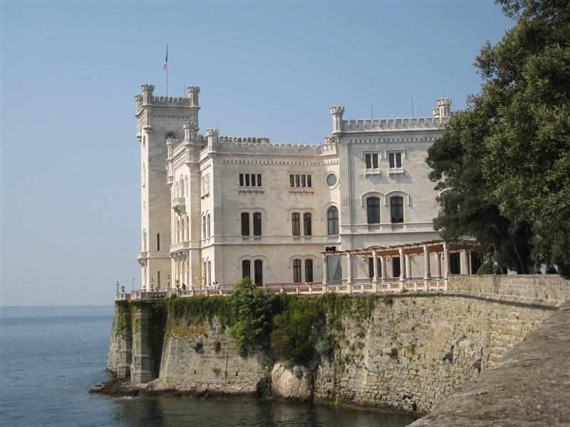 Despre Trieste Italia Prezentare Imagini Informatii Turistice