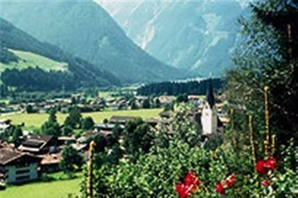 Despre Neukirchen Am Grossvenediger Austria Prezentare Imagini