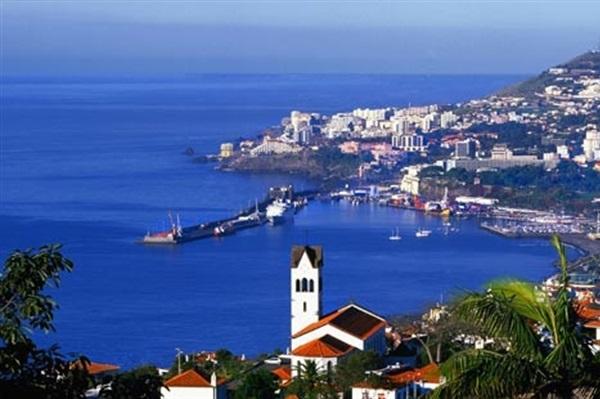 Despre Madeira Portugalia Prezentare Imagini Informatii