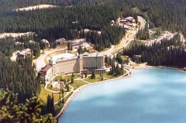 Hotels Near Lake Louise Ab Canada