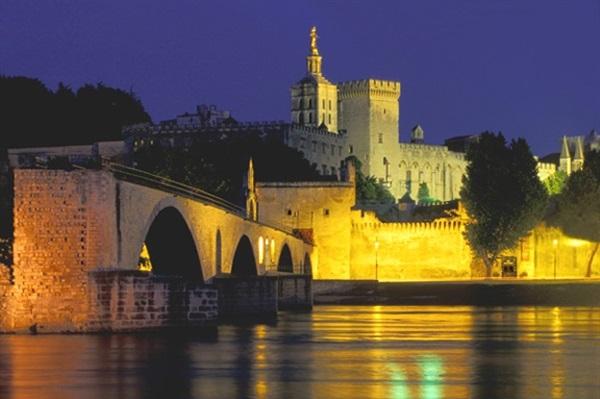 Avignon prietenos de intalnire