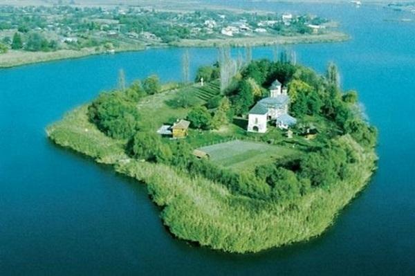 Despre Snagov Romania Prezentare Imagini Informatii Turistice