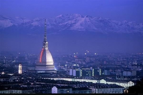 Despre Torino Italia Prezentare Imagini Informatii Turistice