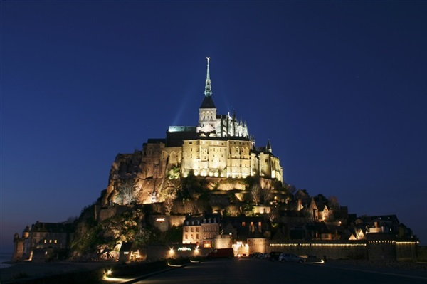 Despre Mont Saint Michel Franta Prezentare Imagini Informatii