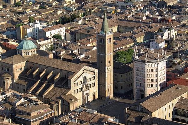 Imagini pentru descriere oras Parma