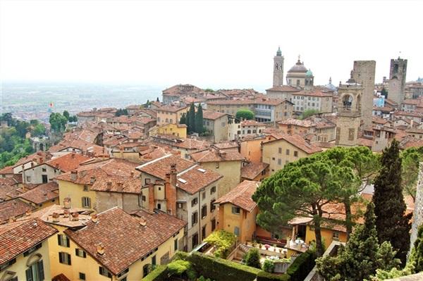 Imagine principala Bergamo