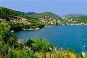 Insulele Ionice