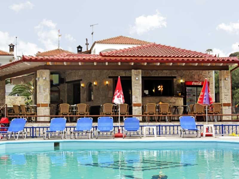 Royal Hotel Polichrono