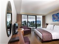 Double or twin room with sea view