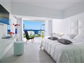 beach_deluxe_bungalow_sea_view1