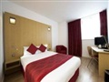 Holiday Inn Luton Airport  Londra