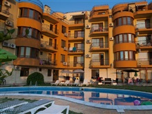 Sea Village Apartments, Golden Sands