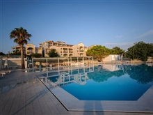 The Bay Hotel Suites, Vassilikos