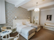 Cherie Hotel Boutique, Bucharest