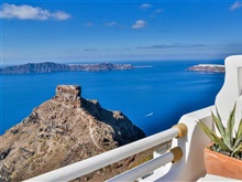 Sunny Villas Studios Suites, Santorini All Locations