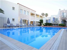 Maravel Star Art Hotel, Adelianos Kampos