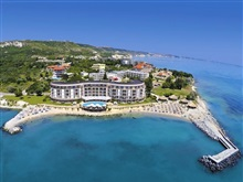 Hotel Royal Bay Resort, Kavarna