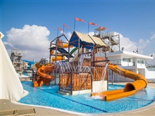 Panthea Holiday Village Waterpark, Statiunea Ayia Napa