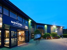 Novotel London Stansted Airport Ex. Hilton, Londra