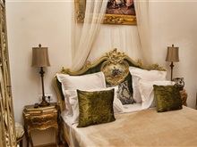 Conacul Coroanei Luxury Boutique Hotel, Bucharest