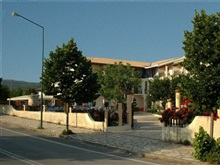 Silver Beach Hotel And Annexe Apartments, Roda
