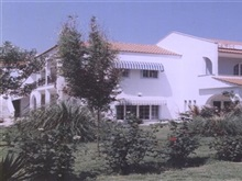 Hotel Chatziandreou, Prinos