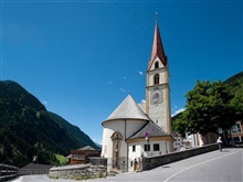 Spacious Apartment In Tyrol With Mountain View, Kappl