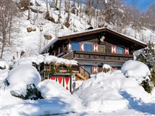Spacious Chalet In Niedernsill With Skiing Nearby, Niedernsill