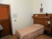 Oasi Madre Della Pace Bed And Breakfast Sorrento, Sorrento
