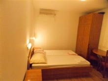 Frane Apartments - Adults Only, Novalja