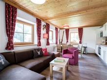Cozy Holiday Home In Saalbach Hinterglemm With Terrace, Viehhofen