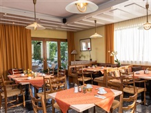 Strandhotel Schabus, Velden Am Worther See