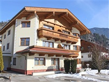 Beautiful Apartment In Kaltenbach With Sauna, Stumm