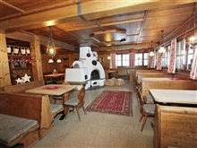 Cozy Chalet In Tyrol Near Ski Area, Mayrhofen