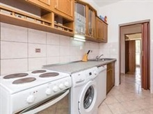 Apartment With 3 Bedrooms In Palit With Enclosed Garden And Wifi - 55, Rab