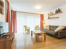 Beautiful Spacious Apartment In The Skiing Area Of Saalbach-Hintergle, Viehhofen
