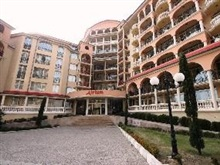 Menada Atrium Apartments, Elenite
