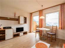 Cozy Apartment In Afritz Am See Near Gerlitzen Ski Area, Treffen Am Ossiacher See