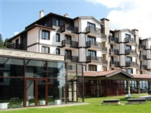 Hotel 3 Mountains, Razlog