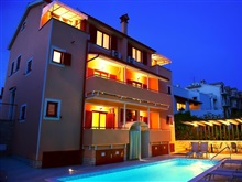 Zdjelar Apartments, Porec