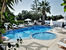 Balito Apartments, Creta