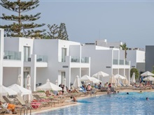 Panthea Holiday Village, Statiunea Ayia Napa