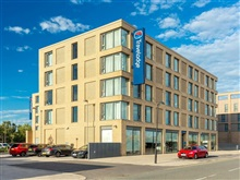 Travelodge Excel Hotel, London