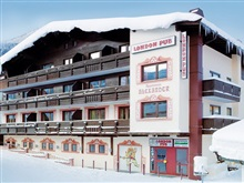 Hotel Apartments London Pub Kirchberg In Tirol, Kitzbuhel Arena
