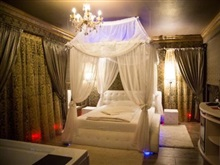 Boutique Mikaela Adult Only, Brasov
