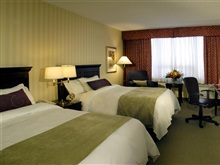 Doubletree By Hilton Toronto Airport West, Aeroportul Toronto Mississaug