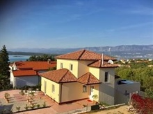 Villa With 4 Bedrooms In Klimno With Wonderful Sea View Indoor Pool, Krk