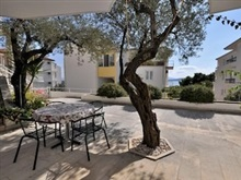 Studio In Zivogosce With Wonderful Sea View Furnished Terrace And Wifi 50 M From The Beach, Podgora